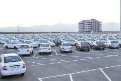 حسینیکیا:  برخورد قاطع با دانهدرشتهای مافیای خودرو، پراید را به ۲۰ میلیون بر میگرداند