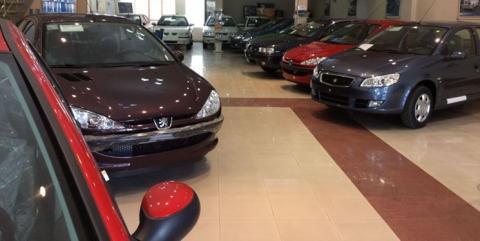 صعود دوباره قیمت خودرو با فروکش کردن تب کنترل بازار/ پراید 76 و پژو پارس 153 میلیون تومان