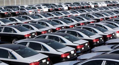 کاهش قیمت خودرو/ سمند به ۸۳ میلیون تومان رسید