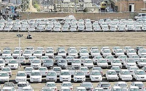 پیشبینی فروش ۳۰۰ هزار دستگاهی خودرو در سه ماه پایانی سال محقق میشود؟