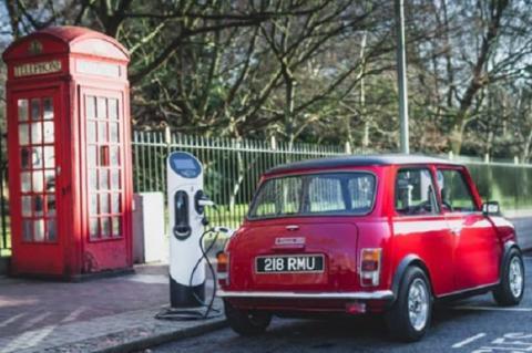 خودروهای برقی باید سر و صدا کنند!