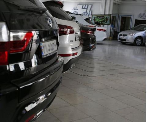 اخذ مالیات از خودروهای گرانقیمت امکانپذیر است؟