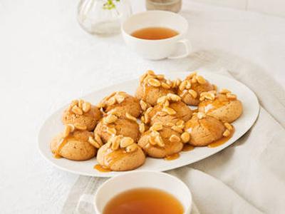 طرز تهیه کوکی بادام زمینی عسلی