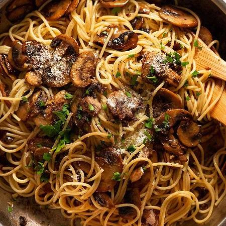 انواع غذا با قارچ و گوشت چرخ کرده, پخت انواع غذا با قارچ, غذا با قارچ