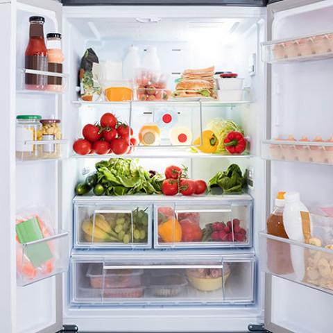 مواد غذایی که همه آنها را اشتباه نگهداری می کنید! مواد غذایی را چگونه نگهداری کنیم؟