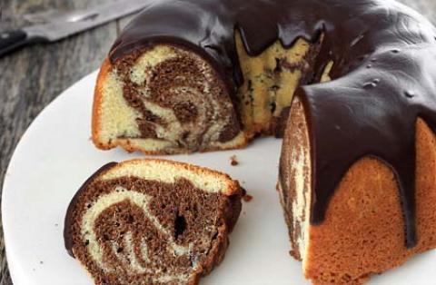 طرز تهیه ماربل کیک یا کیک دو رنگ وانیلی و شکلاتی طرز تهیه ماربل کیک