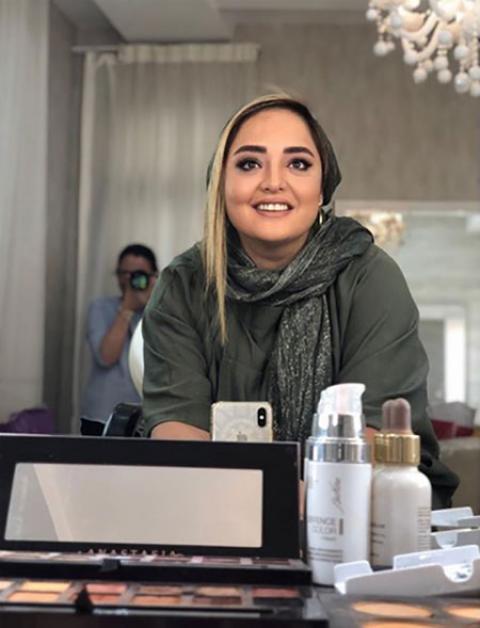 بیوگرافی نرگس محمدی  + عکس های خانودگی اش