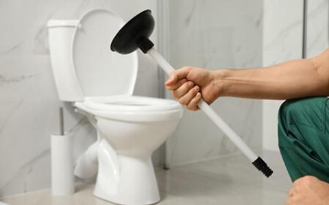 روش های رفع گرفتگی توالت ایرانی و فرنگی رفع گرفتگی توالت ایرانی و فرنگی