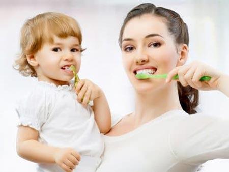 پوسیدگی دندان در کودکان,پوسیدگی دندان,علت پوسیدگی دندان در کودکان