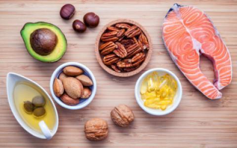 چه ویتامین هایی می توانند در التهاب کمک کنند؟