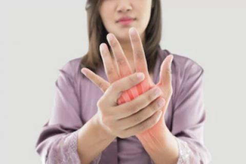11 غذای مفید برای کاهش درد آرتروز