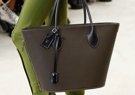 ویژگی خرید کیف زنانه, بهترین کیف های زنانه