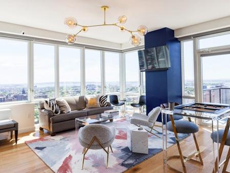 استفاده از رنگ آبی در خانه, ایده هایی برای دکوراسیون و چیدمان خانه به رنگ آبی کلاسیک