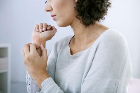 راهکارهای موثر در پیشگیری از تشدید اگزما در فصل زمستان