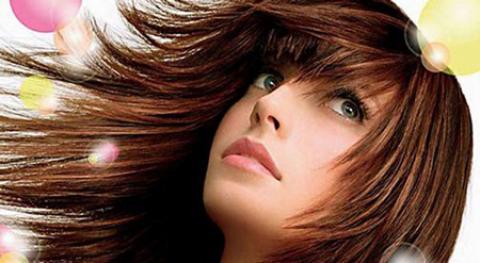 نرم کننده مو چیست؟ انواع آن و نحوه استفاده ازآن