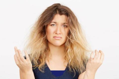 بازسازي موهاي سوخته و وزشده با درمان خانگی
