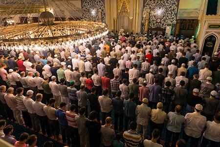 تعداد رکعت های نماز تراویح, دعاهای نماز تراویح, دعای استفتاح در نماز تراویح