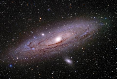 آشنایی با کهکشان آندرومدا