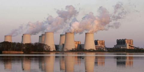 روند آلودگی جهان به دی اکسید کربن کند شد
