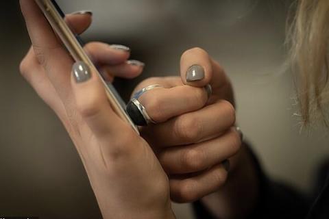 انگشتری که اثر انگشت مصنوعی تولید می کند