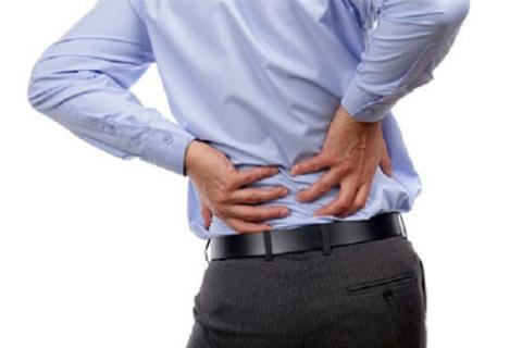 چگونه با سه ورزش ساده به درمان کمر درد کمک کنیم ؟