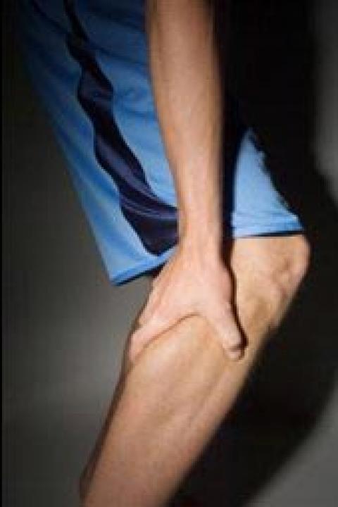 آشنایی با نکاتی درباره گرفتگی عضلات ساق پا