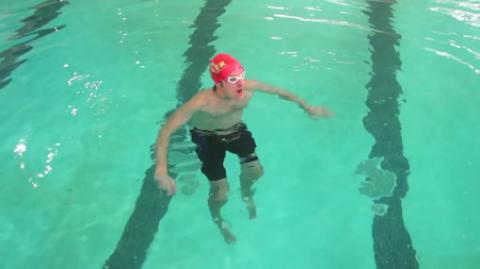 آموزش تصویری شنا پادوچرخه