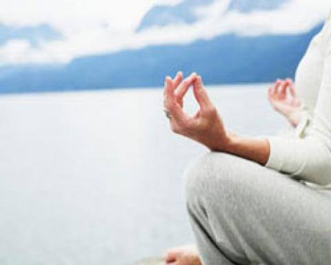 یوگا برای سالمندان