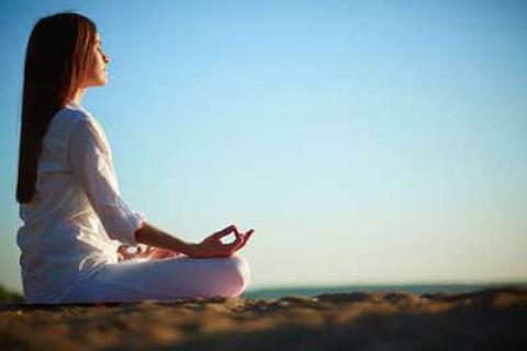 یوگا ممکن است باعث تشدید یا بروز درد جدید شود!