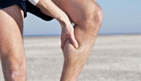 درمان گرفتگی عضلات پا پس از ورزش به کمک چند روش طبیعی
