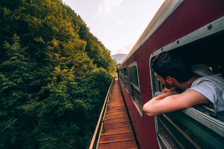 سفر با قطار,مزایای سفر با قطار,فواید سفر با قطار