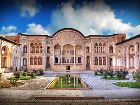 آشنایی با خانه طباطبایی ها، عروس خانه های ایران