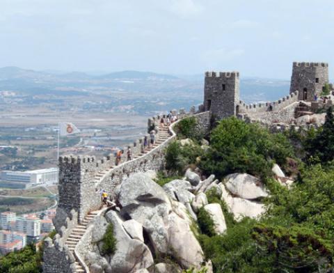 قلعه مورس ها در پرتغال (+تصاویر)
