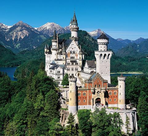 قلعه نویشوانشتاین، از زیباترین قلعه های جهان (+تصاویر)