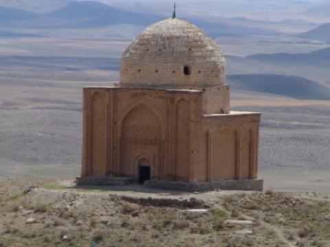 معرفی امامزاده ازناو (ع) در استان همدان