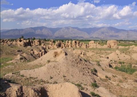 تپه های باستانی طرب آباد، بقایای شهر کهن نیشابور